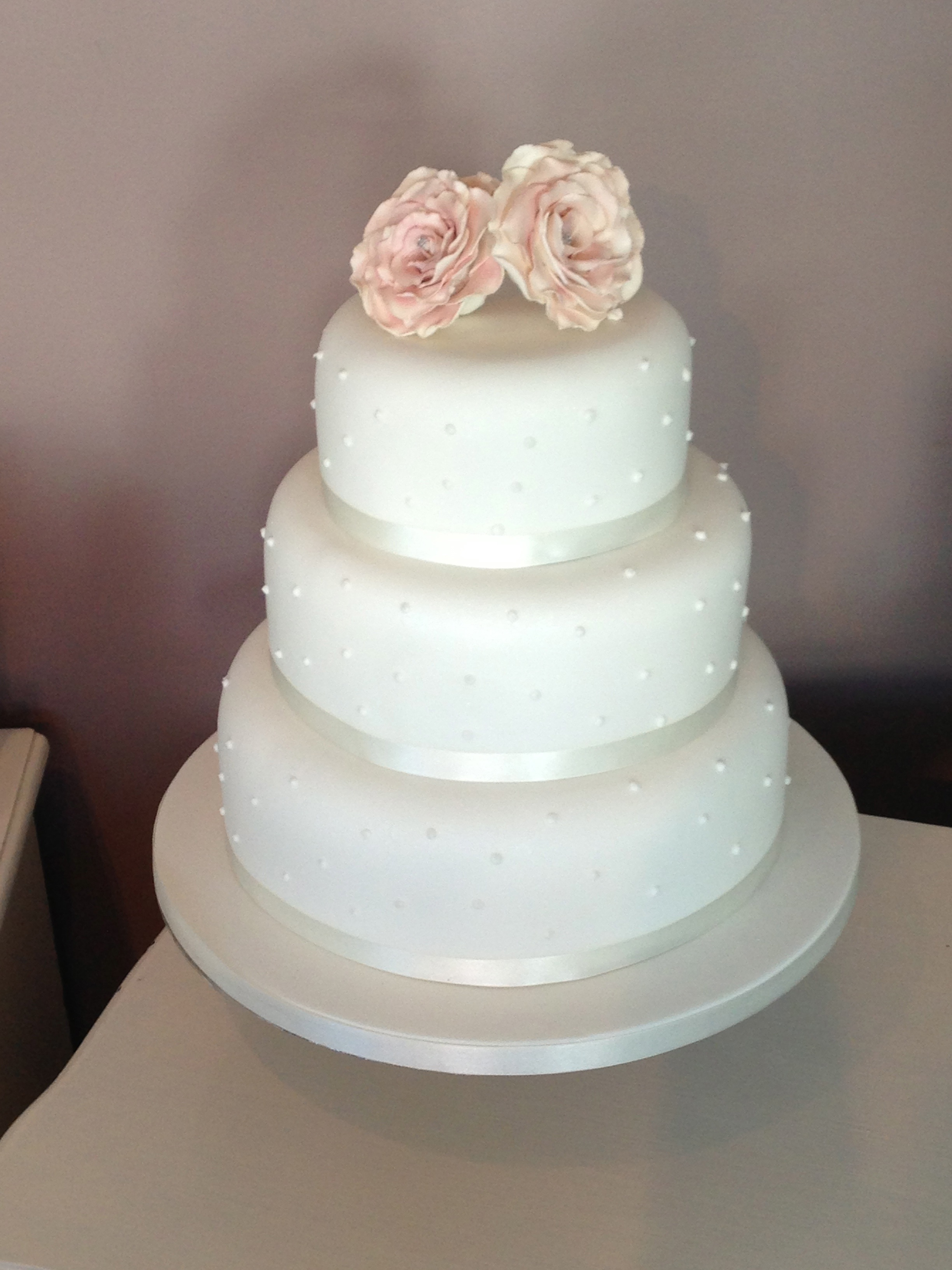 3 tier wedding with sugar flowers